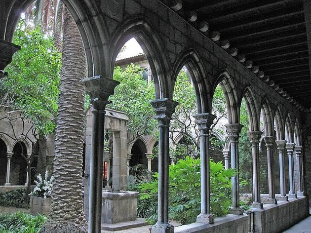 Claustre de l'esglèsia de Santa Anna de Barcelona