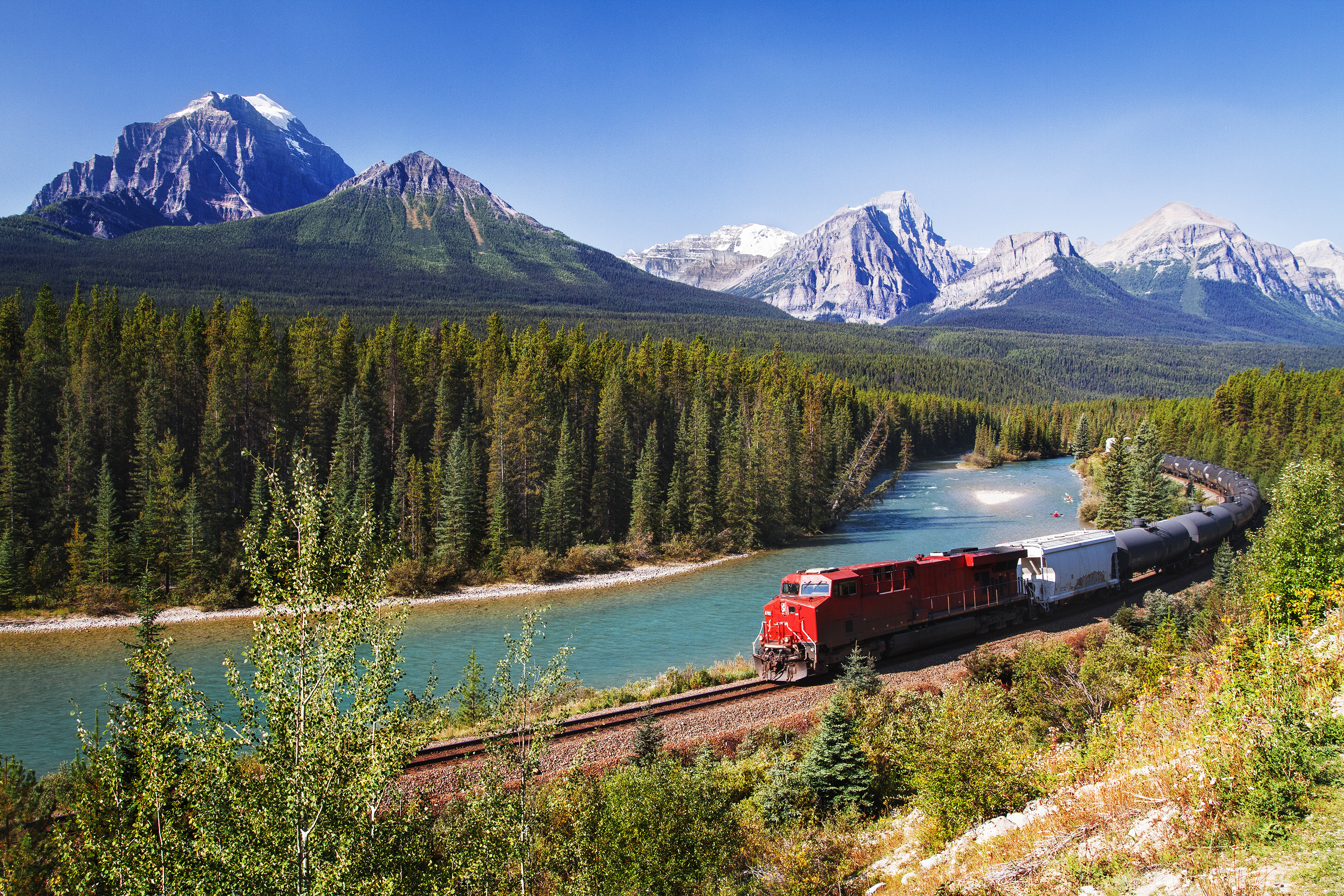 You'll soon be able to take a beautiful glass-domed train ride through the Rocky Mountains