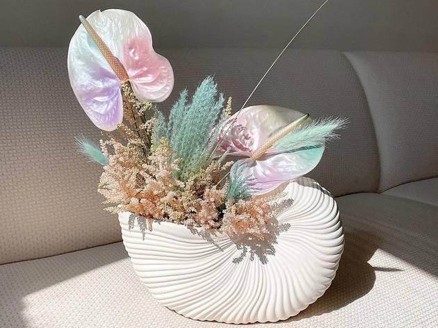 Oat Cinnamon floral arrangement