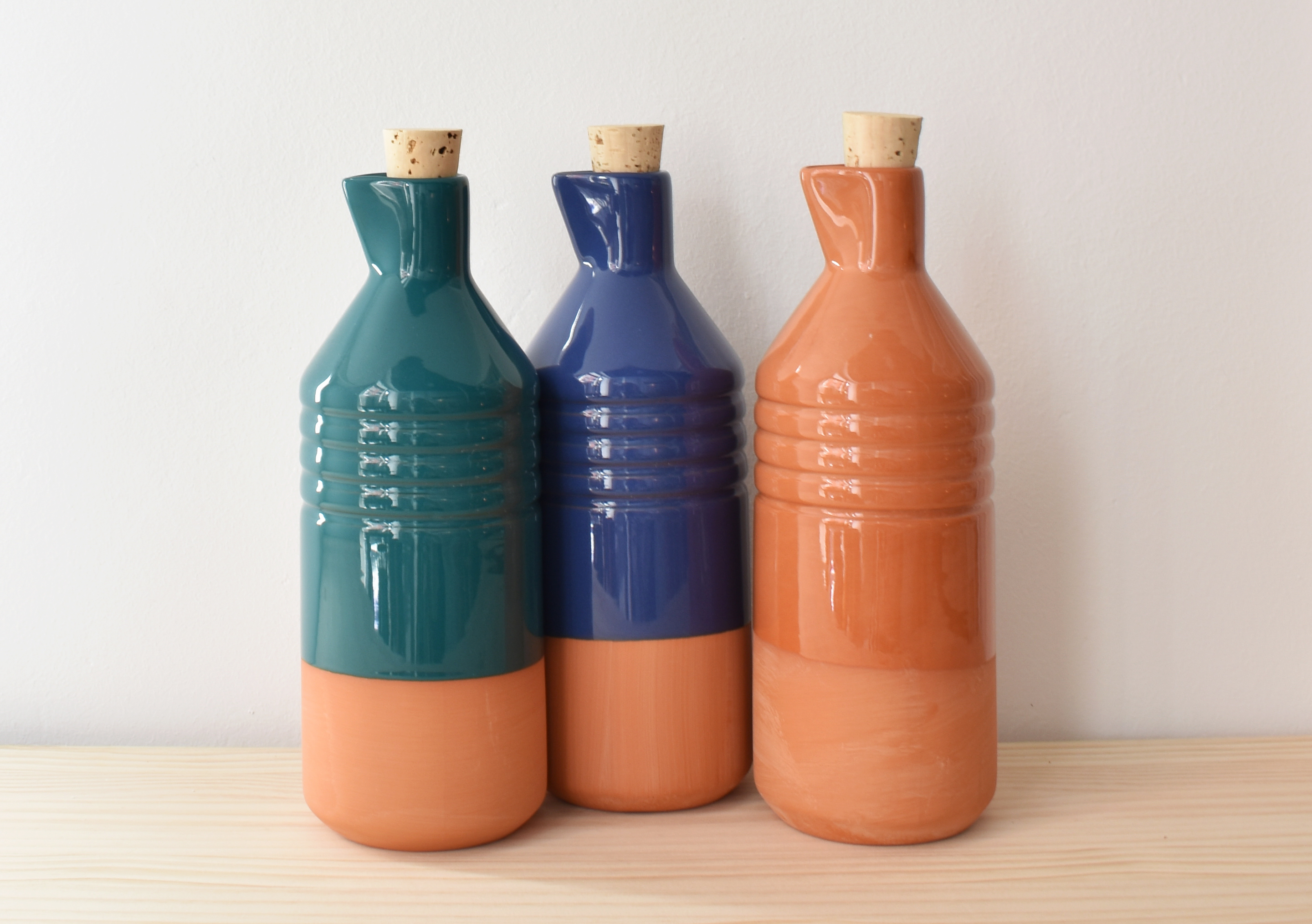 Botellas de Terracota vidriada. La Portilla Shop