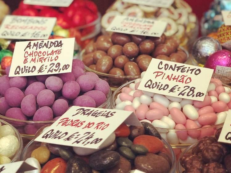 Oito sítios para comprar amêndoas no Porto