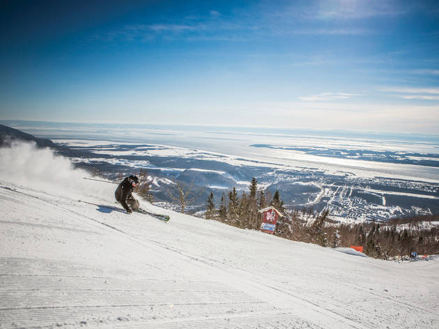 Mont-Sainte-Anne Skiing