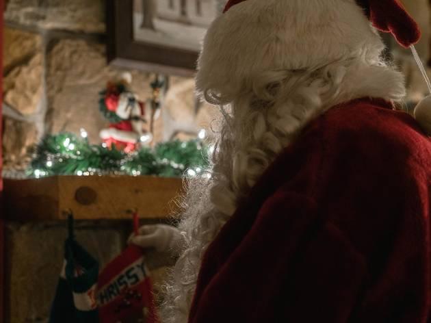 サンタクロースがクリスマスの来日をキャンセル