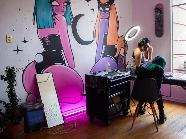Alacrania, estudio de tatuajes y uñas, queer, lgbtttti