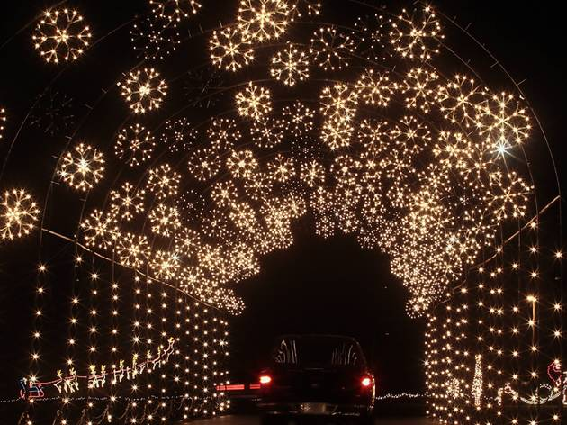 6 Festive Drive-Thru Christmas Lights To See This Year