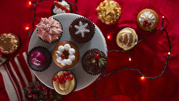 The Cakery Christmas cupcakes
