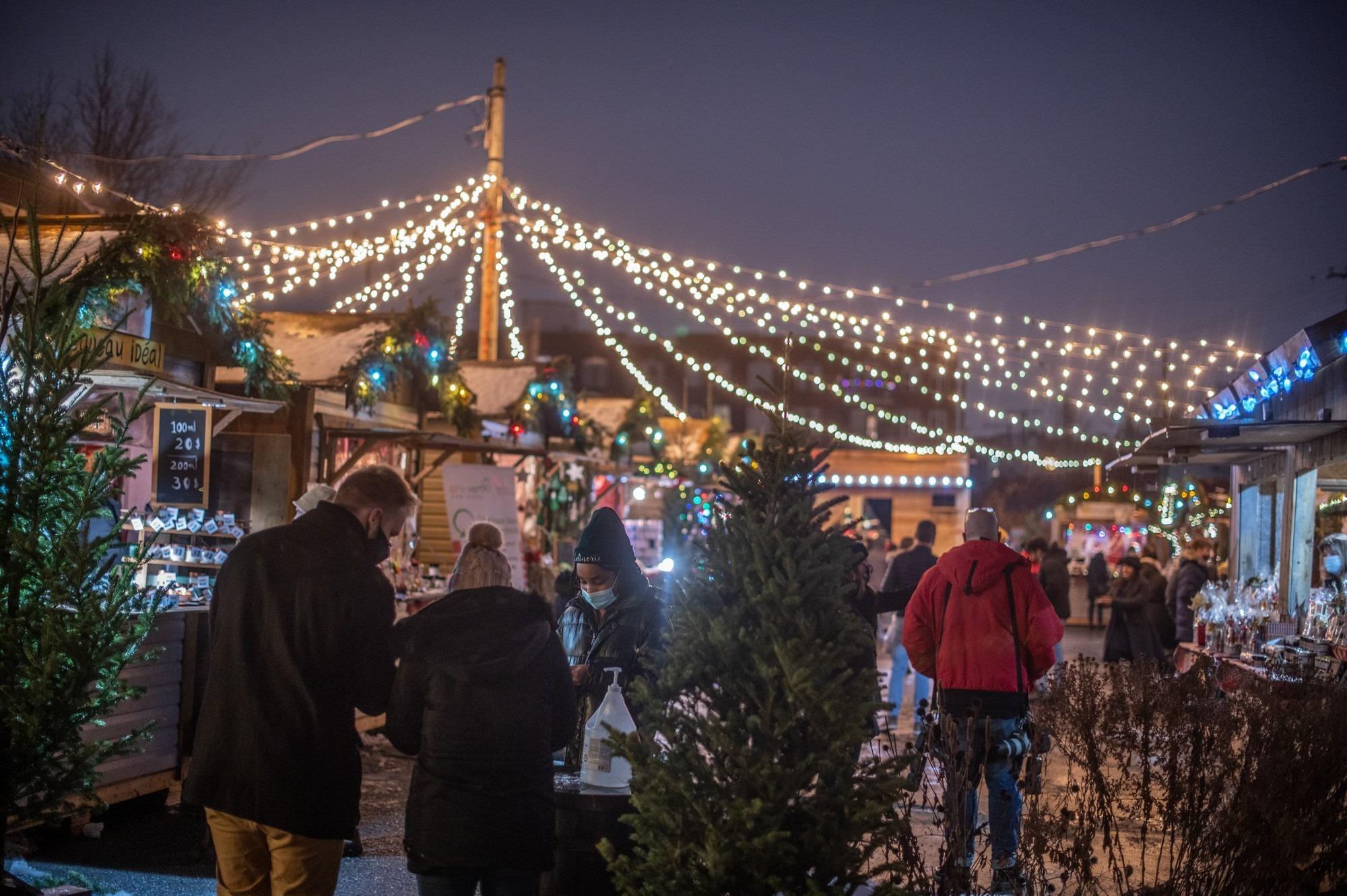 Marché Atwater Christmas Village / Village de Noël de Montréal