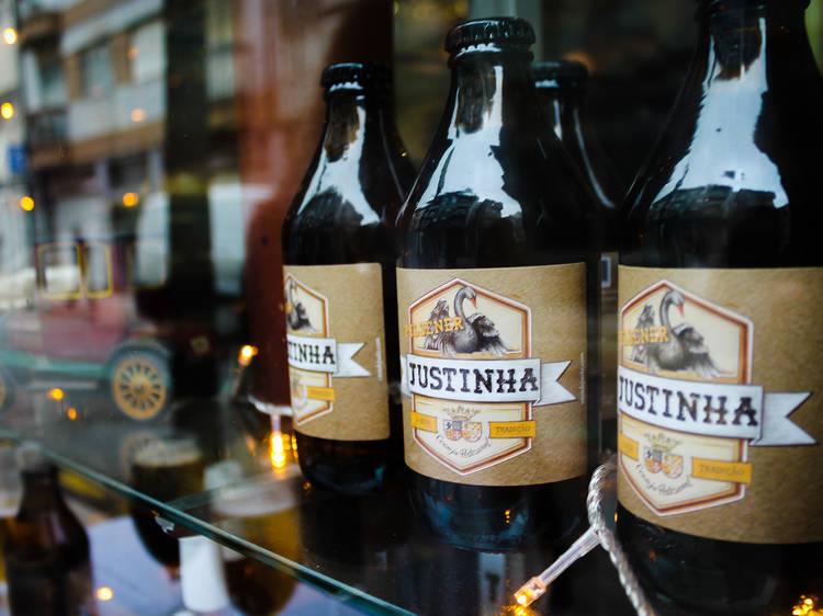 Beba a cerveja artesanal da Justinha