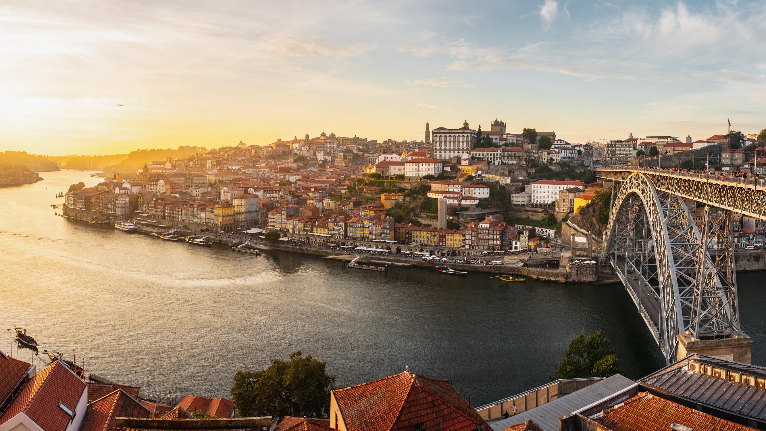 Porto é a cidade portuguesa onde melhor se fala inglês