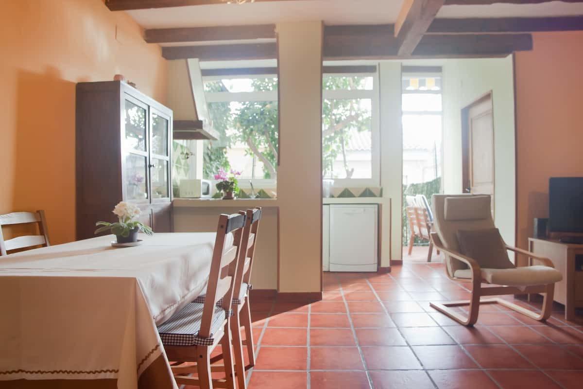 Airbnb, Barcelona, 2020, alojamiento