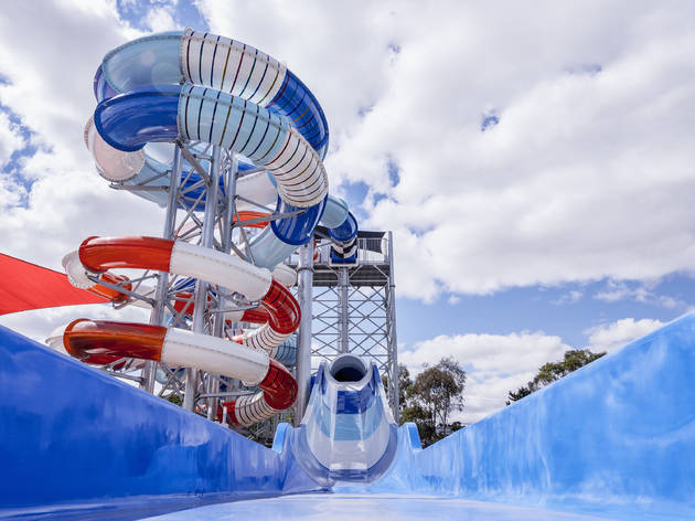 Oak Park Sports and Aquatic Centre waterslides