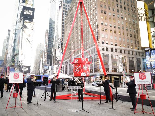The world's largest red kettle lights up in Times Square