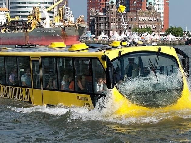 """O """"autocarro anfíbio"""" vai ligar Crestuma ao Cais de Gaia"""