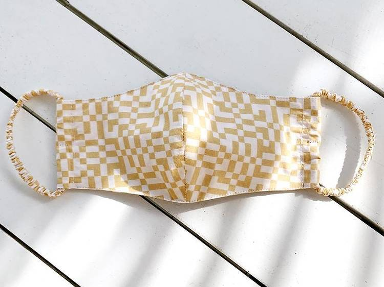 Weave print face mask