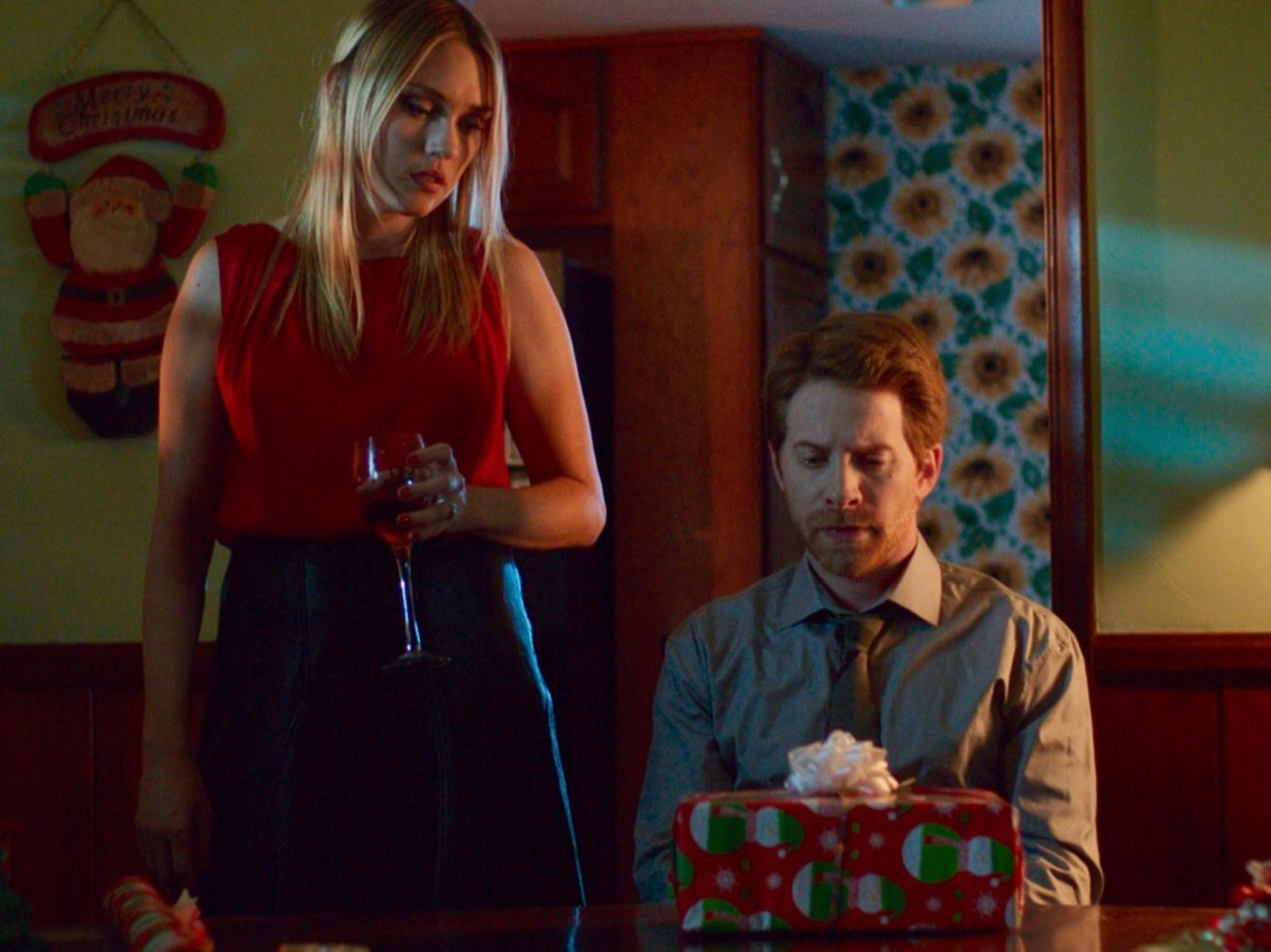 Holidays, corto navideño protagonizado por Seth Green