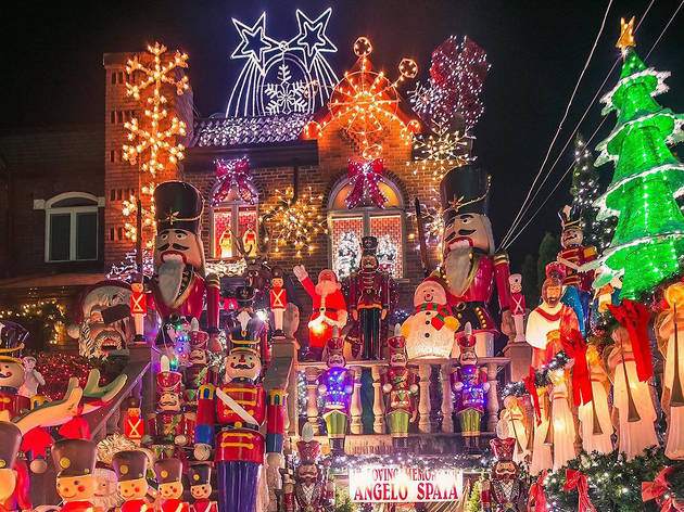 10 amazing photos of this year's Dyker Heights Christmas lights