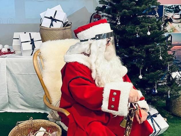 Nordic Glow, Santa