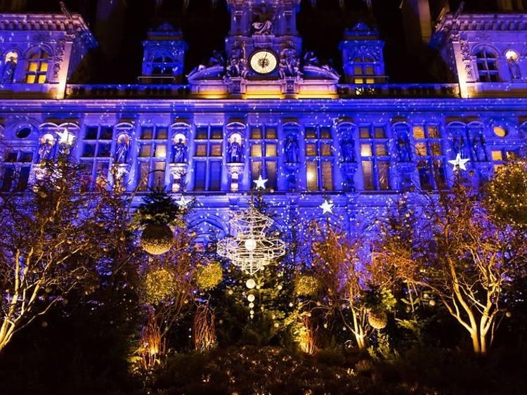 Hôtel de Ville (4e) : une forêt illuminée