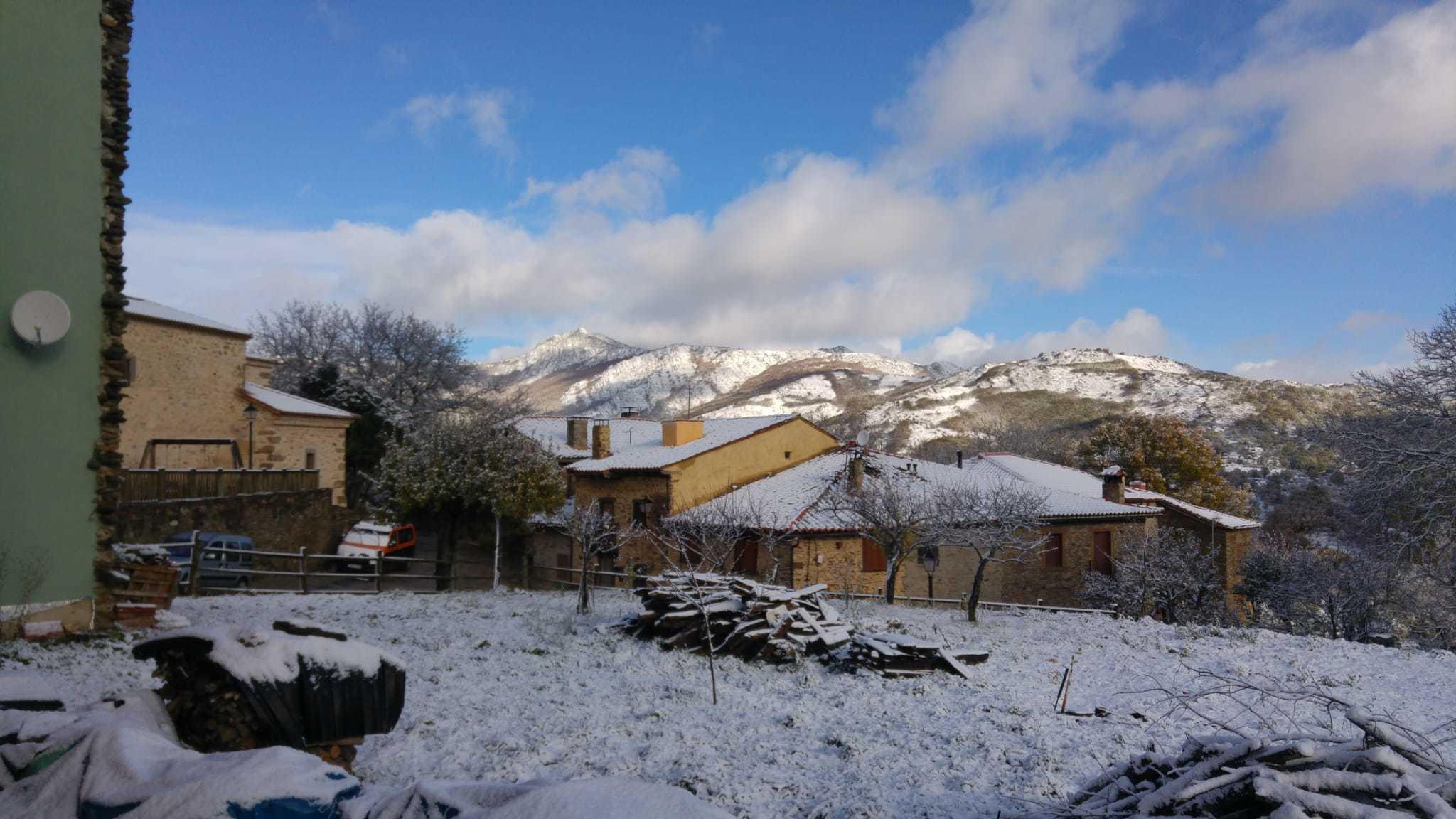 La Hiruela con nieve