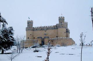 Manzanares El Real con nieve