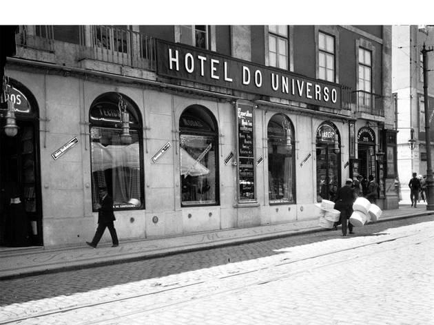 O Pátio das Antigas, Lisboa Antiga, Hotel do Universo, Entre o Rossio e a Rua do Ouro