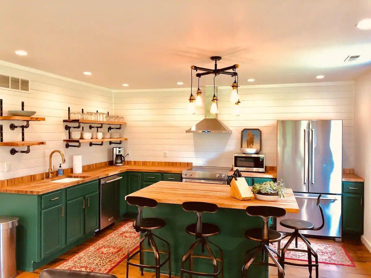 Southwest Michigan cozy Airbnb