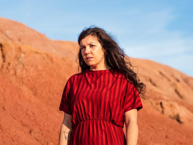 Joana Guerra editou o álbum 'Chão Vermelho'