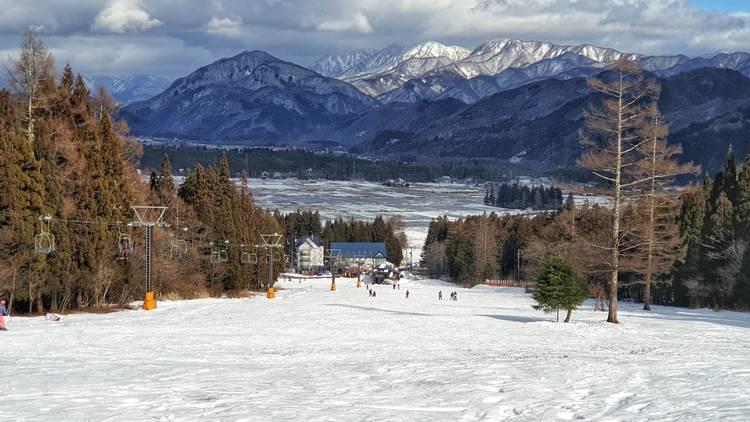 Ski resorts Japan