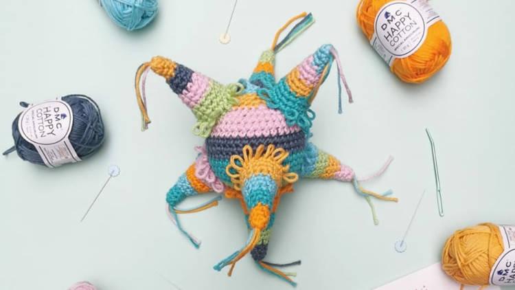 Poleta presenta su curso de piñata navideña