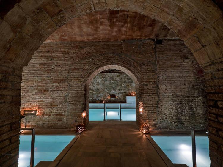 Una experiencia en AIRE Ancient Baths Barcelona
