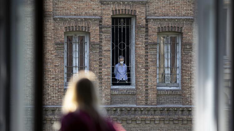 Resignación y Esperanza. Fotografía de confinamiento. Museo de Historia