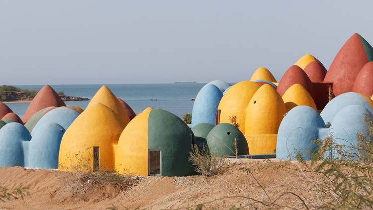 Hormuz resort by ZAV architects