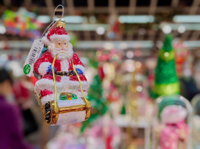 christmas santa flower market