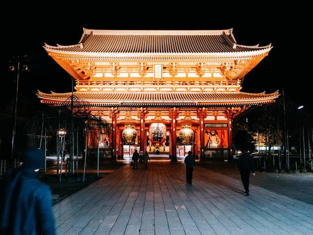 Sensoji Temple's main gate lit up at night