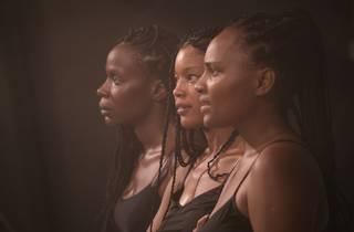 'Aurora Negra', espectáculo de Cleo Tavares, Isabél Zuaa e Nádia Yracema