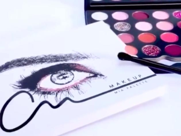 Anahí lanza una paleta de sombras inspirada en Mia Colucci, su personaje de RBD