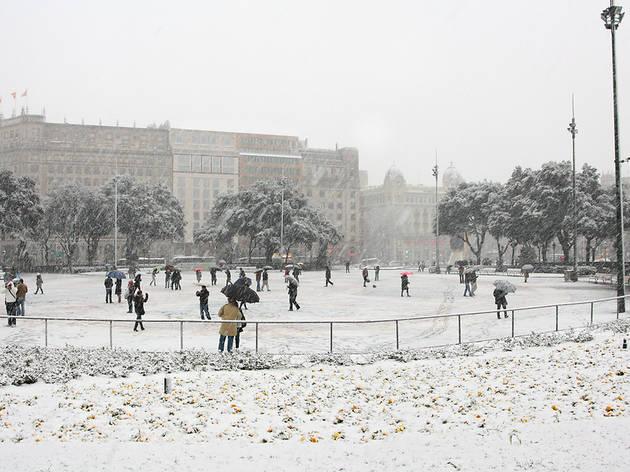 Nieve en Plaça Catalunya