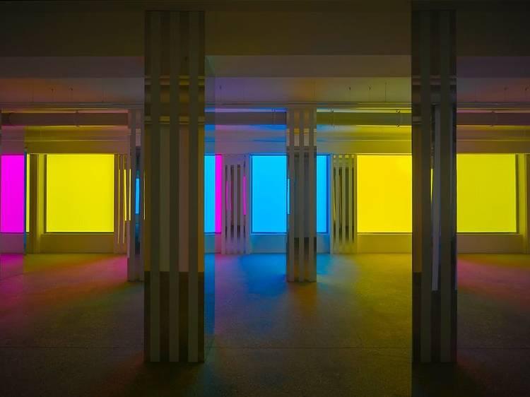 Daniel Buren, Philippe Parreno : Simultanément, travaux in situ et en mouvement