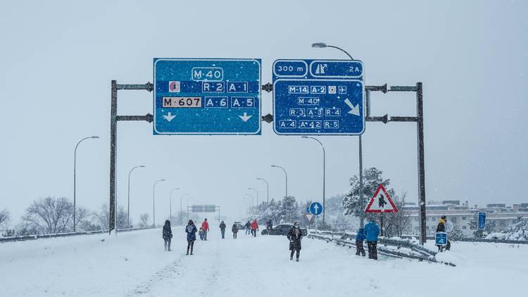 Filomena. Nevada en Madrid. Carreteras cortadas