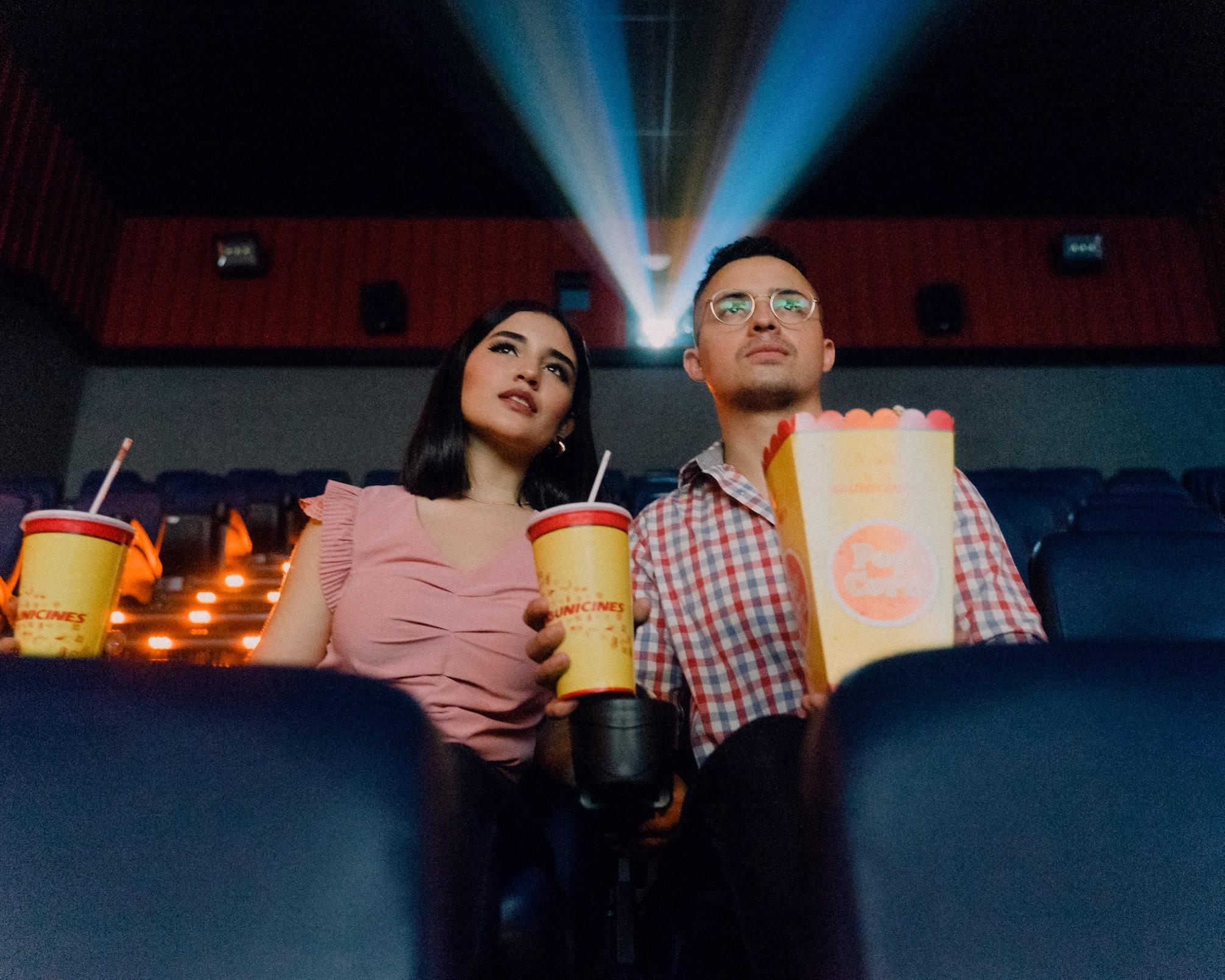 自宅で映画館を体験? 「ヴィレヴァン」オンラインでタンブラーが発売