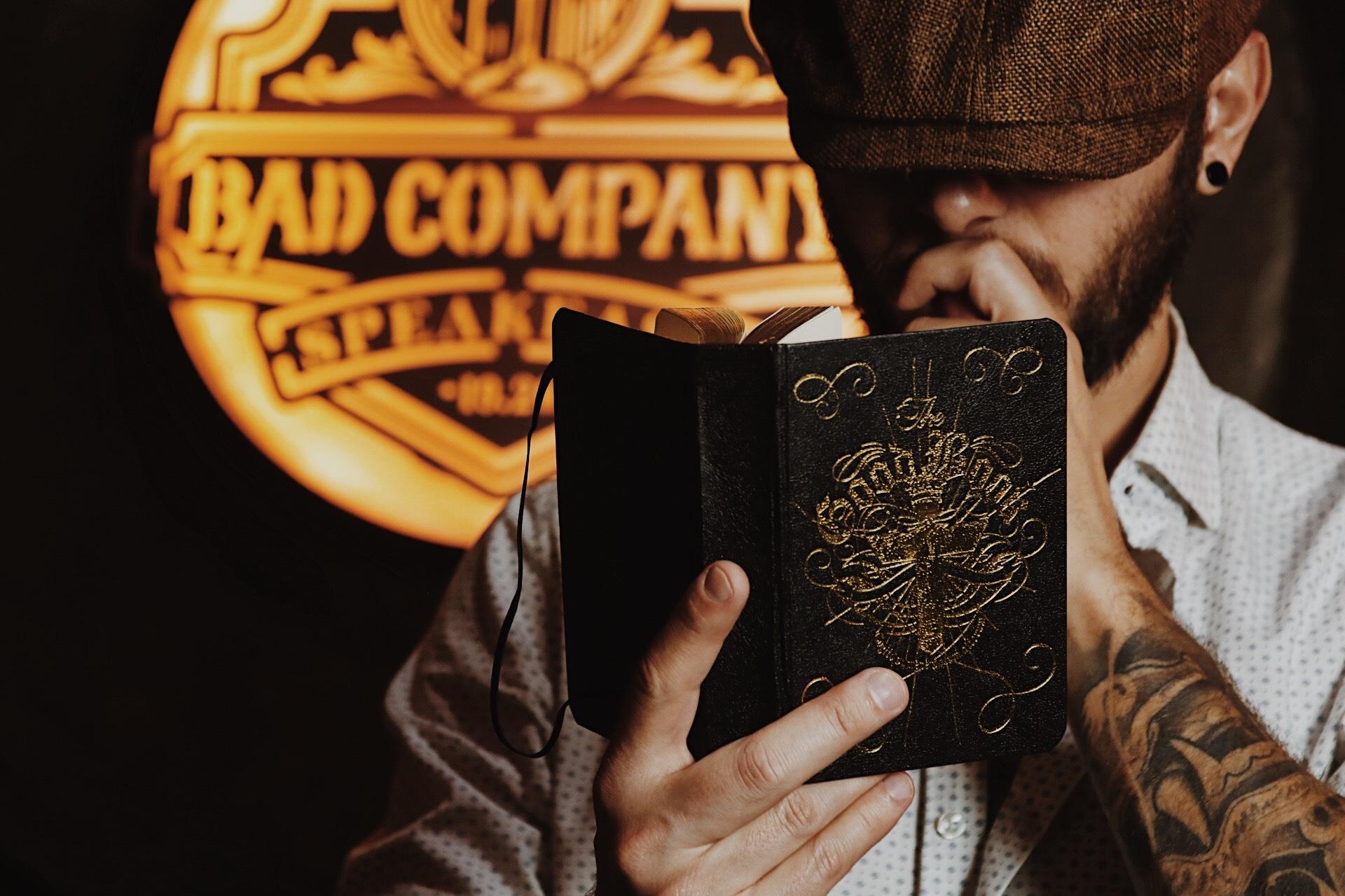 Os descubrimos la coctelería clandestina Bad Company 1920