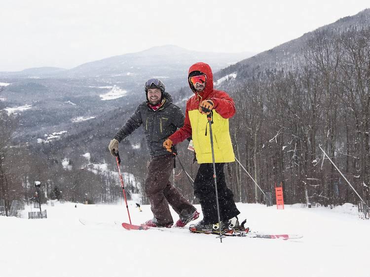 Take the Mountain Creek Snow Bus to hit the slopes