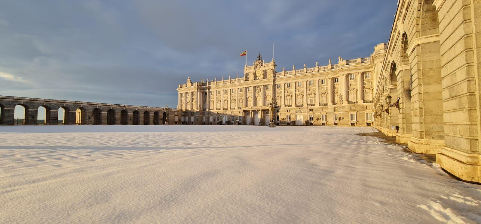 Patrimonio Nacional recoge en una web imágenes inéditas de Madrid bajo la nieve