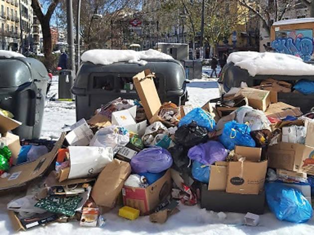 basura y nieve