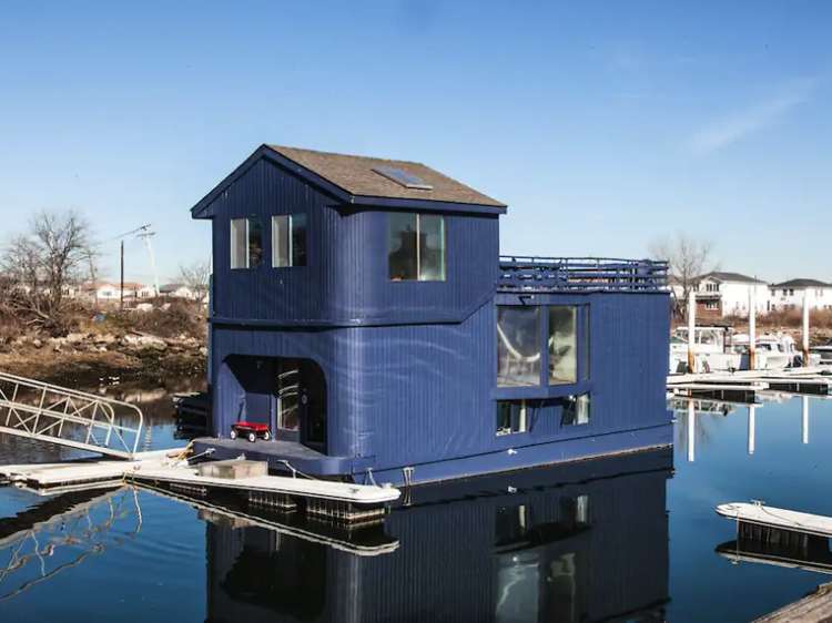 A beautifully restored houseboat in Queens
