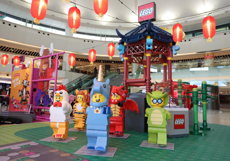 New Town Plaza x Lego CNY decor