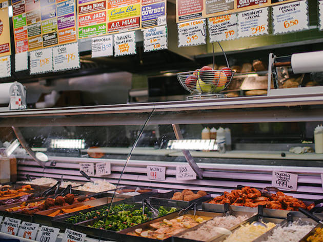 New Yorkers share strong opinions on bodegas after Andrew Yang video goes viral