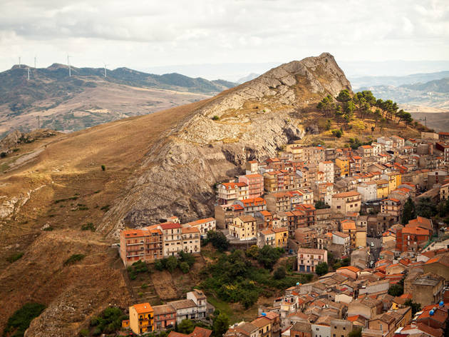 A town in Sicily is selling €1 houses –?and it'll pay you to fix one up