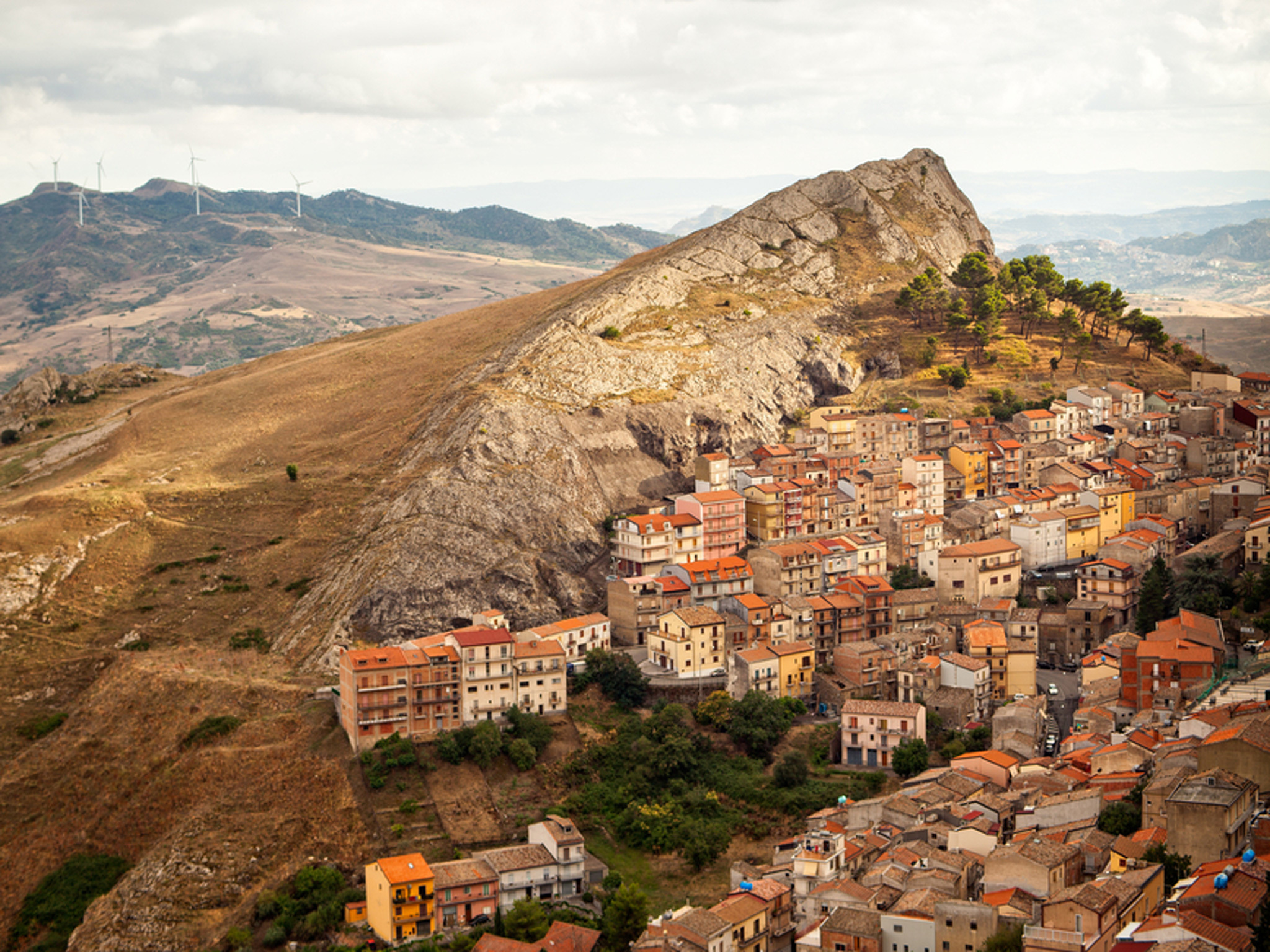 A town in Sicily is selling €1 houses – and it'll pay you to fix one up