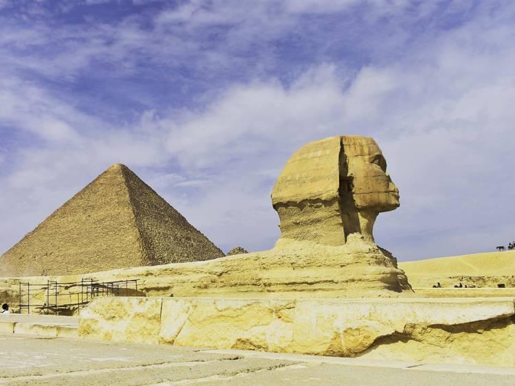 エジプトの古代を自由自在に巡る。